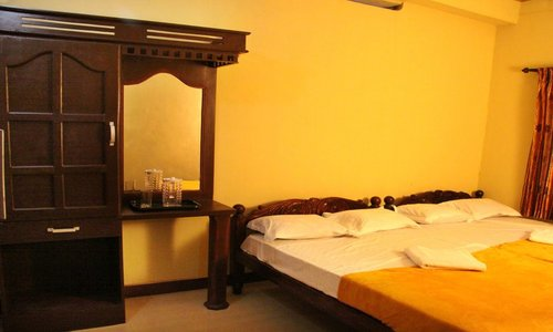 luxury rooms in wayanad
